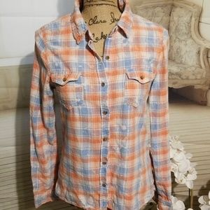 HIPPIE LAUNDRY plaid button down top